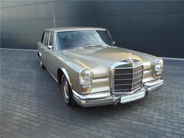 Mercedes-Benz 600