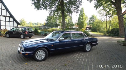 JAGUAR Daimler Double Six Sovereign
