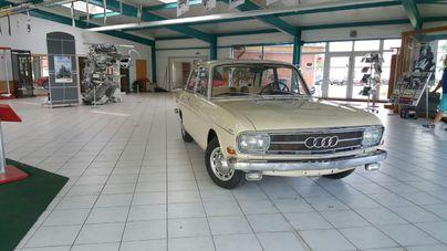 AUDI Audi Super 90