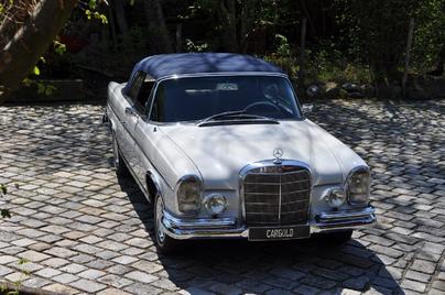 MERCEDES-BENZ 300 SE Cabriolet